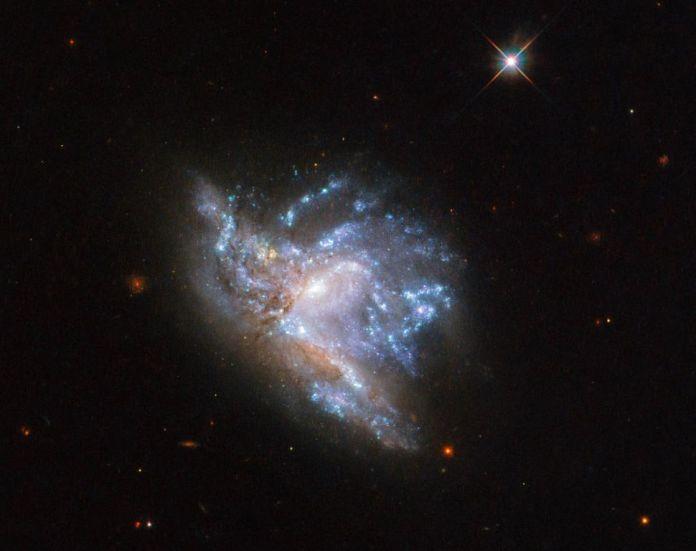 colisão de galáxias