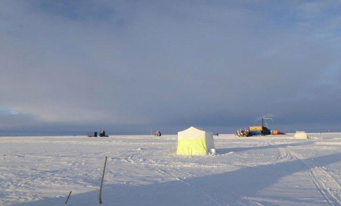 Poeira estelar é encontrada em neve da Antártica