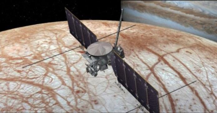 NASA adere a aviso em filme para não pousar em lua de Júpiter - sonda irá somente orbitar Europa