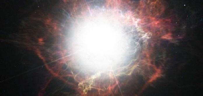 Betelgeuse está prestes a se tornar uma supernova ou seria algo mais?