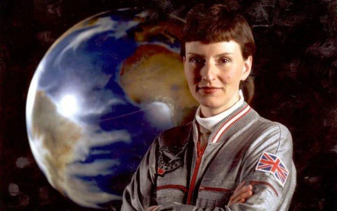ETs vivem entre nós, mas não os vemos - diz astronauta britânica