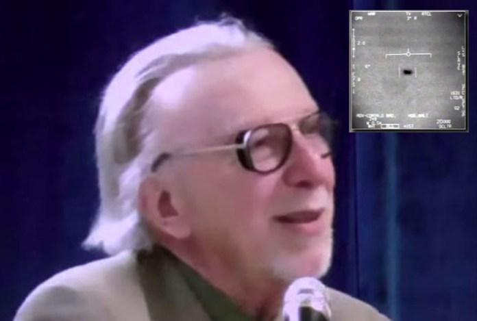 """Físico importante afirma que o OVNI Tic-Tac """"viajou pelo tempo"""""""