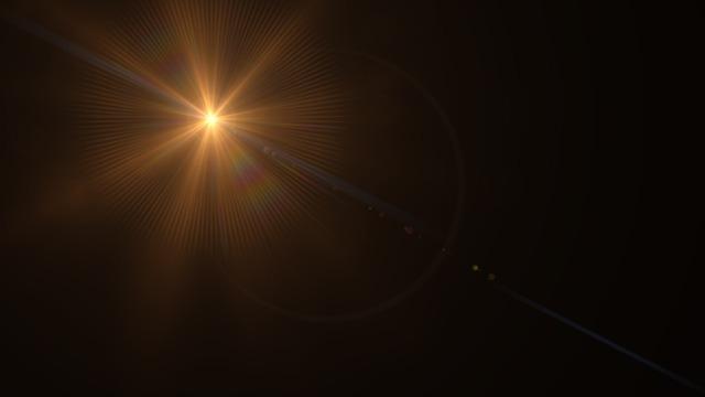 Piloto vê OVNI 'Tic Tac' no México, orbes aparecem nos EUA e na Rússia