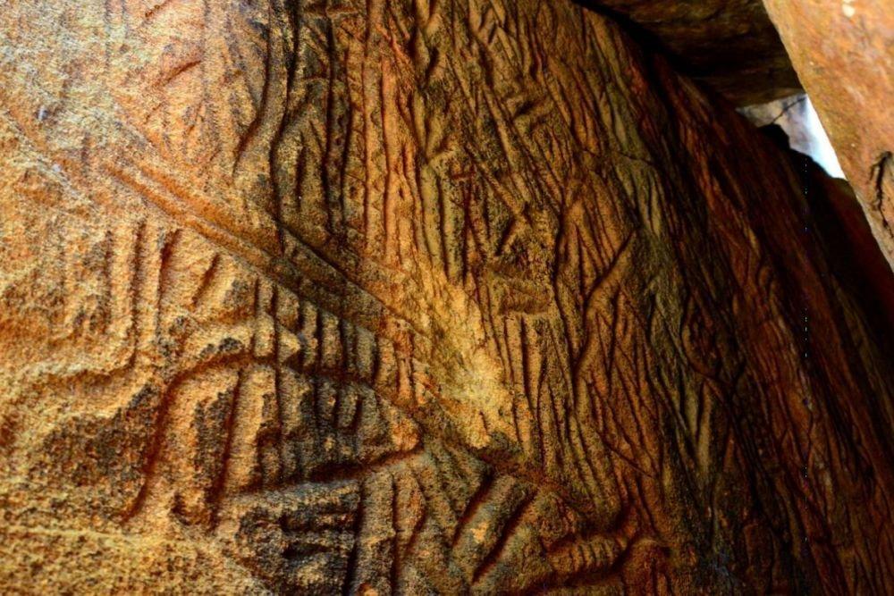 """Código astronômico antigo  é encontrado na """"montanha alienígena"""" no Sri Lanka"""