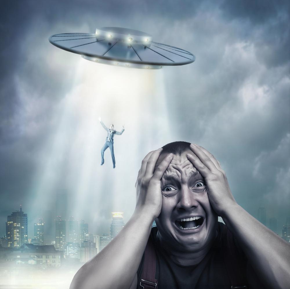 Quatro encontros bizarros com OVNIs que terminaram mal