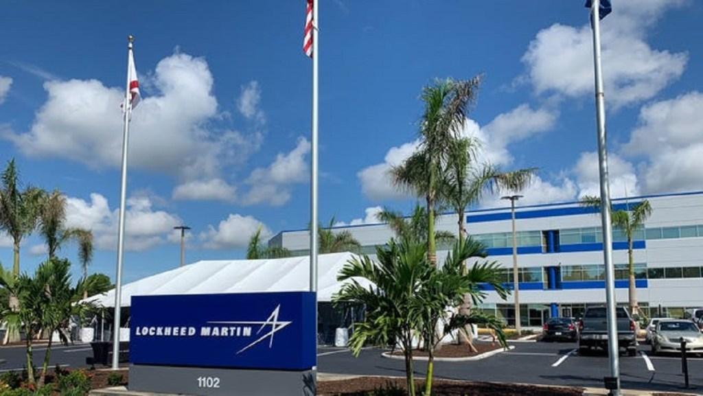 Harry Reid acredita que a Lockheed Martin tinha destroços de OVNIs