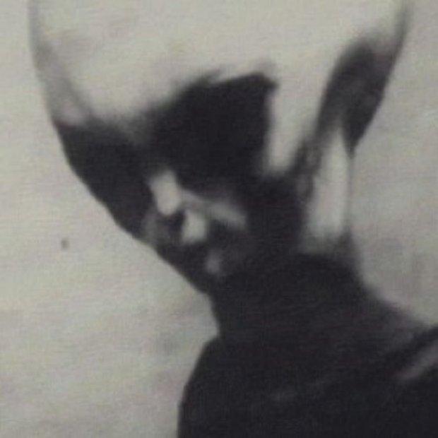 """O estranho caso dos vídeos de alienígenas do """"Skinny Bob"""""""