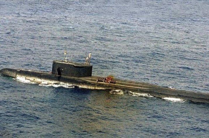 A Guerra Fria, os OSNIs e o misterioso incidente do submarino K-219