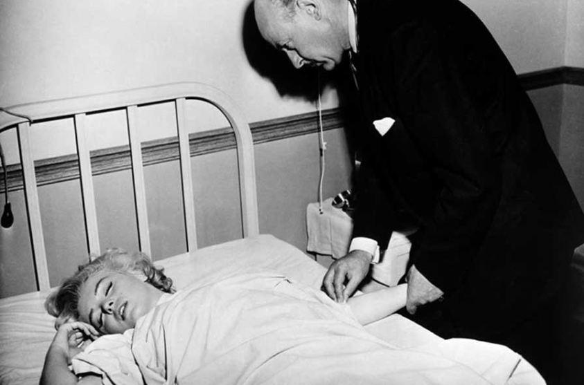 A morte da atriz Marilyn Monroe está associada a alienígenas e a J. F. Kennedy
