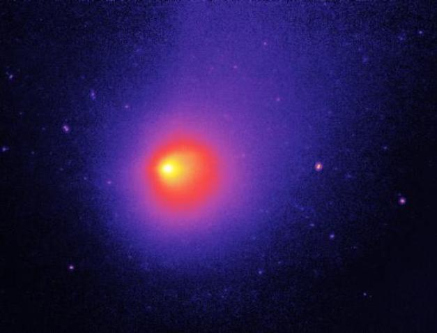 """O misterioso cometa que """"explodiu"""" 4 vezes e surpreendeu os cientistas"""