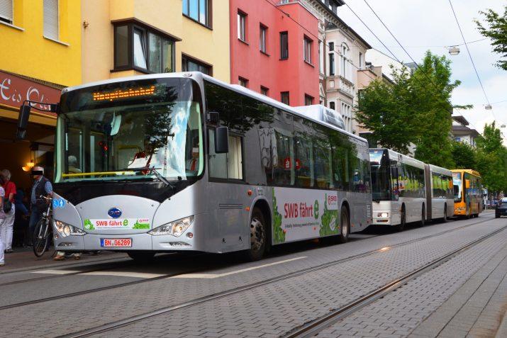 Un BYD ebus en las calles de Bonn, Alemania
