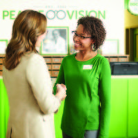 Pearle Vision associate welcomes patient