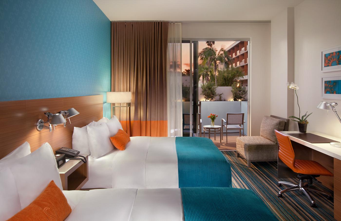 the-shore-hotel-room