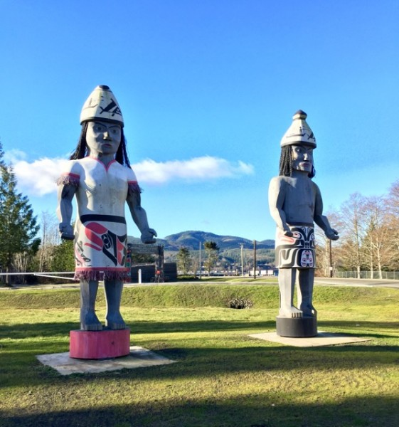 Welcome figures at the Makah Museum in Neah Bay. We spent over an hour there, learning about the Makah tribal history. For nearly 4,000 years their people have occupied the Olympic Peninsula.
