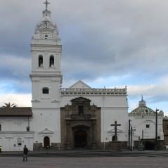 Kirche Santo Domingo am gleichnamigen Plaza in Quito
