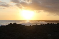Galápagos, San Cristobal: Sonnenuntergang am Strand von La Loberia