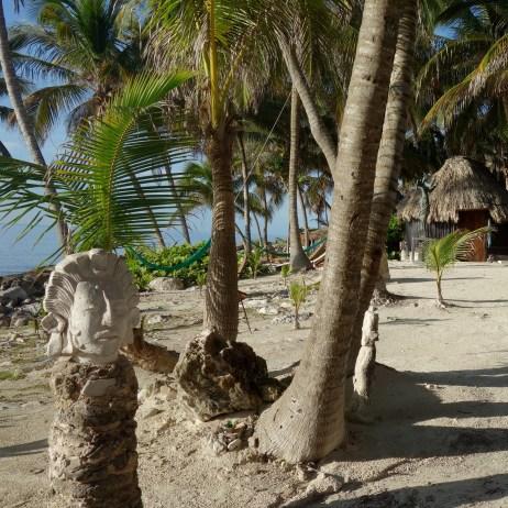 Mexiko, Tulum: Kunst in der Eco-Lodge Diamante K