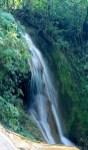 Palenque, Agua-Azul: Überall kommt Wasser den Fels herunter