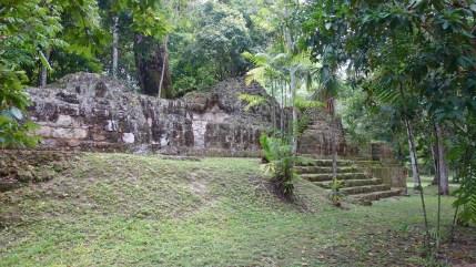 Guatemala, Tikal: Der westlichen Aussenbereich von Mundo Perdido (Lost World)
