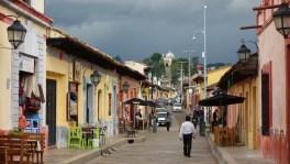 San Cristobal: Blick zurück zur Inglesia de Guadalupe