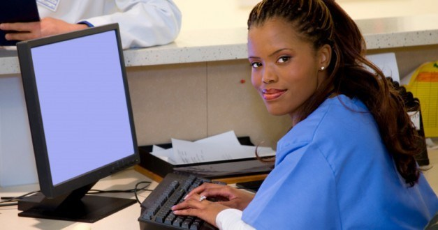 What is the Difference between a Medical Secretary and a Medical Assistant?