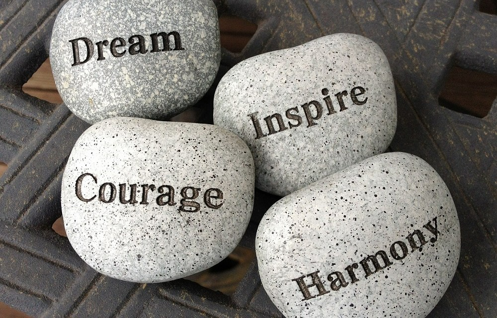8 Inspirational Quotes to Live By Right Now!