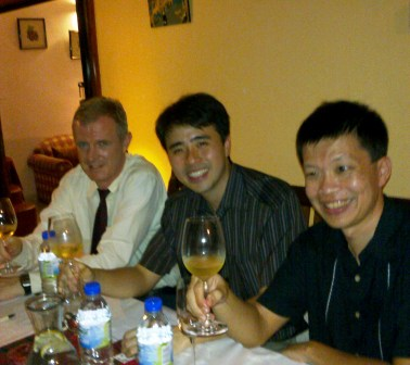 december_2010_wine_tasting_5_20110106_1519863764