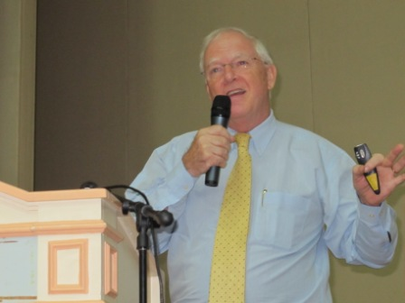 the_finals_of_the_oxbridge_malaysia_public_speaking_and_essay_competition_11_20110704_1668075059