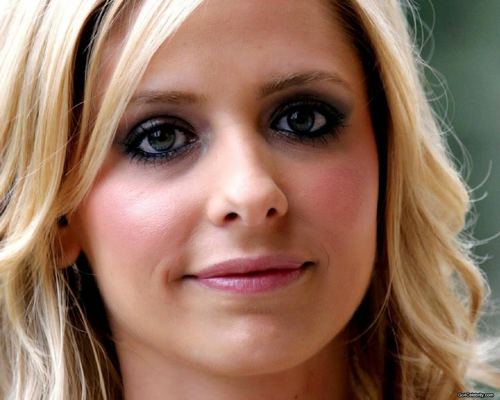 "Sarah Michelle Gellar. Aries Sun, Aquarius Rising. ""Buffy the Vampire Slayer."""