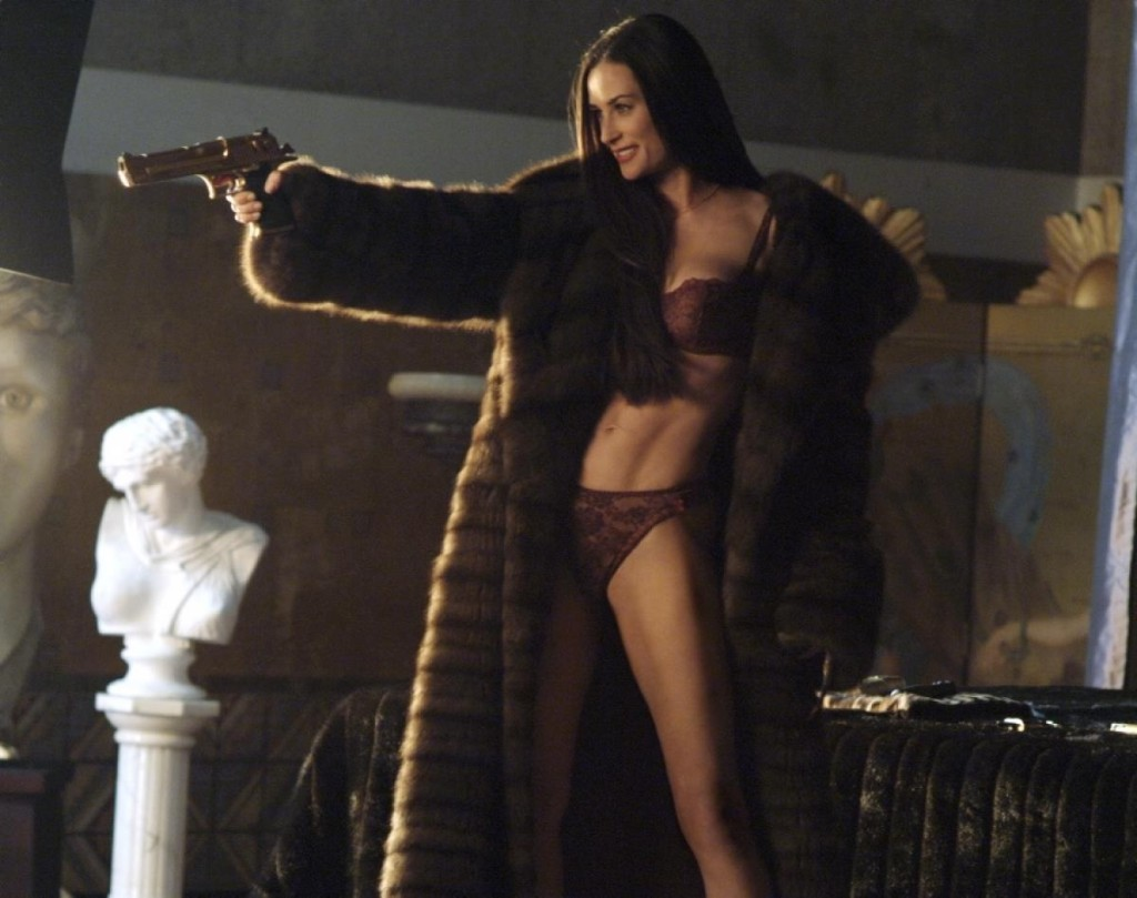 Demi Moore living that Venus in Scorpio in Charlie's Angels: Full Throttle.