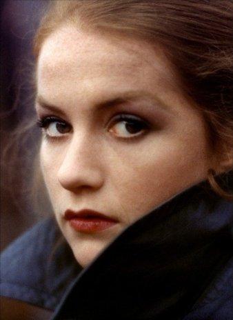 Isabelle Huppert, Pisces Sun