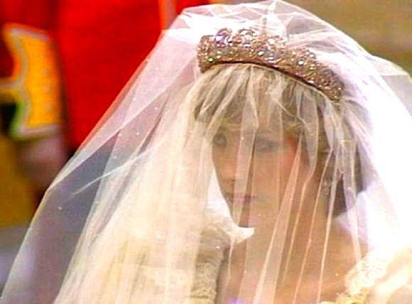 89fbca0d29564797fa3a4c799d7a5413--princess-diana-wedding-lady-diana-spencer.jpg