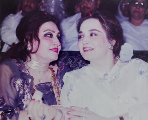 Noor Jahan with Zille Huma