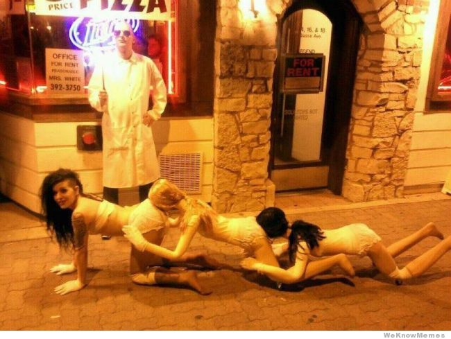 funny-halloween-costume-human-centipede