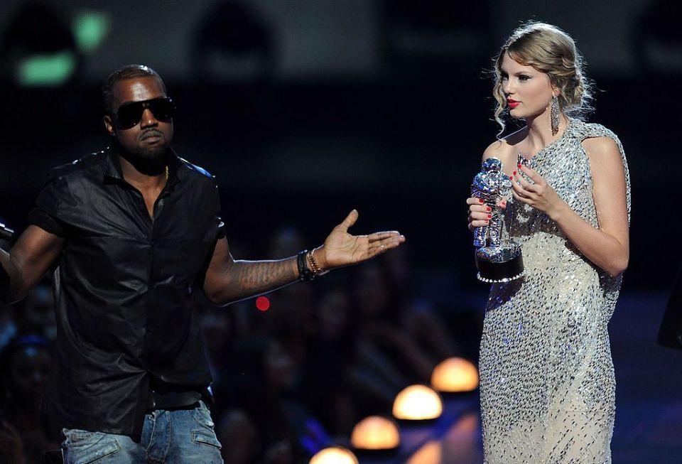 WTF?! Kanye West asegura que dios lo mandó a interrumpir el discurso de Taylor Swift en los VMA's