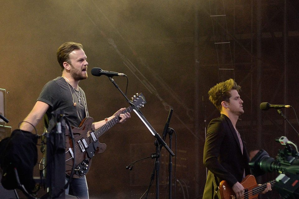 'Come Around Soundown': La vida escénica de Kings Of Leon, cumple 10 años