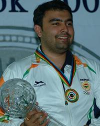 Gagan Narang win Gold medal in Pairs 10m Air Rifle and create Commonwealth Games record