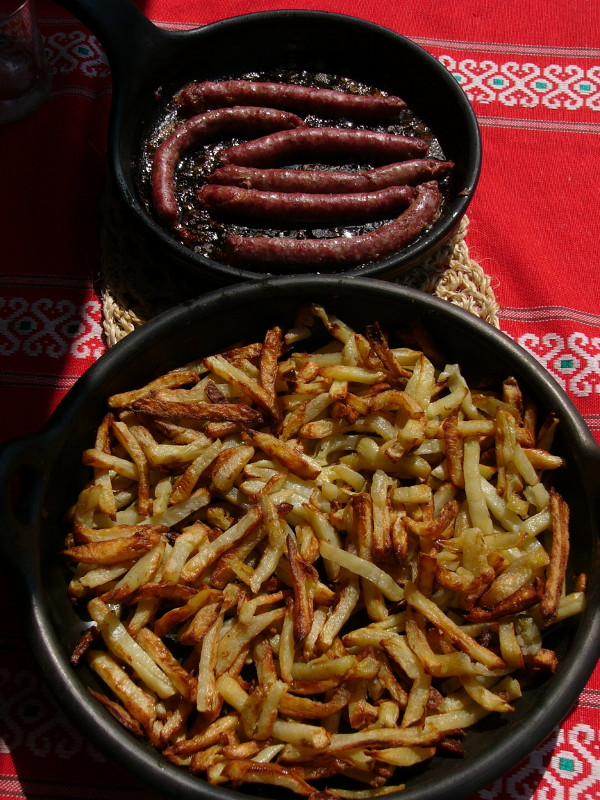 saucisses-frites