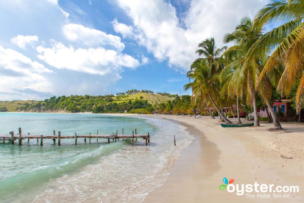 The beach at Abaka Bay Resort, on Ile-a-Vache.