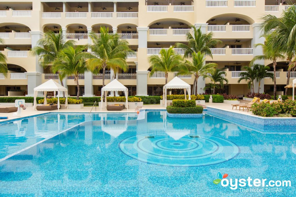 Pool at the Iberostar Grand Hotel Rose Hall/Oyster