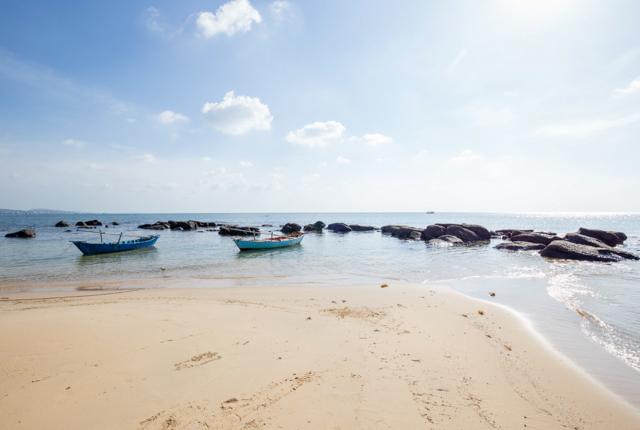 Beach at the Mango Bay Resort/Oyster