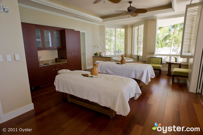 The Moana Surfrider spa offers a scrumptious coffee and vanilla body ritual. Not recommended for the caffeine sensitive.