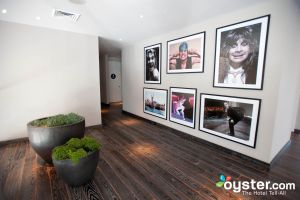 Ozzy Osbourne nas paredes do Andaz West Hollywood