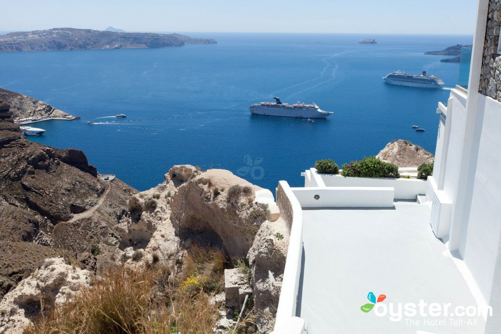 View from Lilium Villas Santorini/Oyster