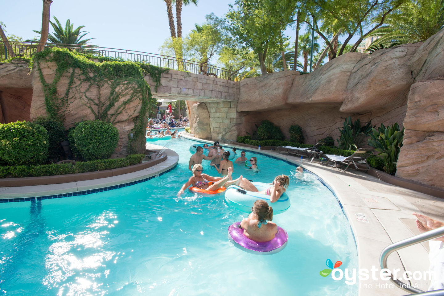 6 Best U S Hotels With Lazy Rivers