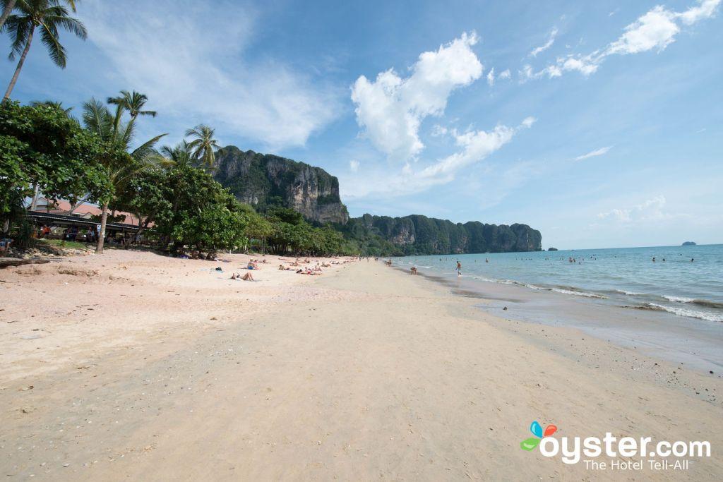 Beach at Phra Nang Inn/Oyster