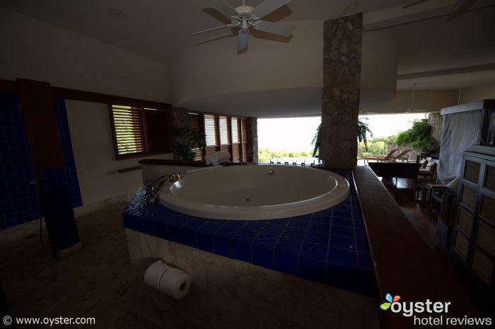 Una habitación en el complejo Jade Mountain en Santa Lucía