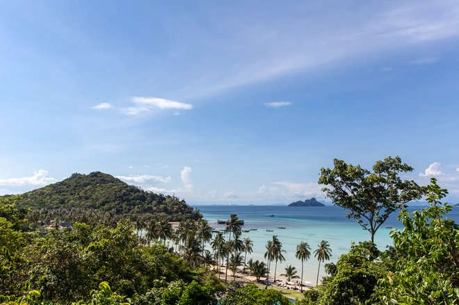 Phi Phi Island Village Resort de Praia / Ostra