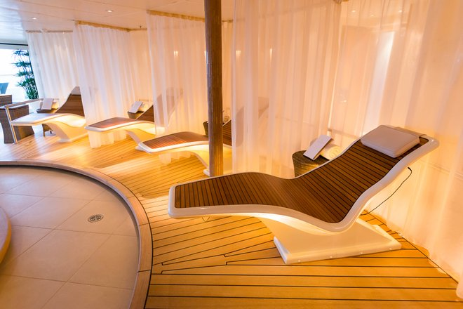 Seabourn Quest/Oyster