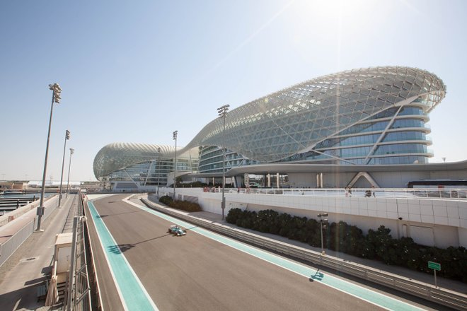 Yas Vice-rei Abu Dhabi / Ostra